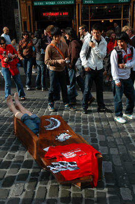 Street coffin, Royal Mile